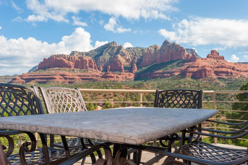 Hot Tub-Red Rock Views-Luxury-Private-Value Home - Image 1 - Sedona - rentals