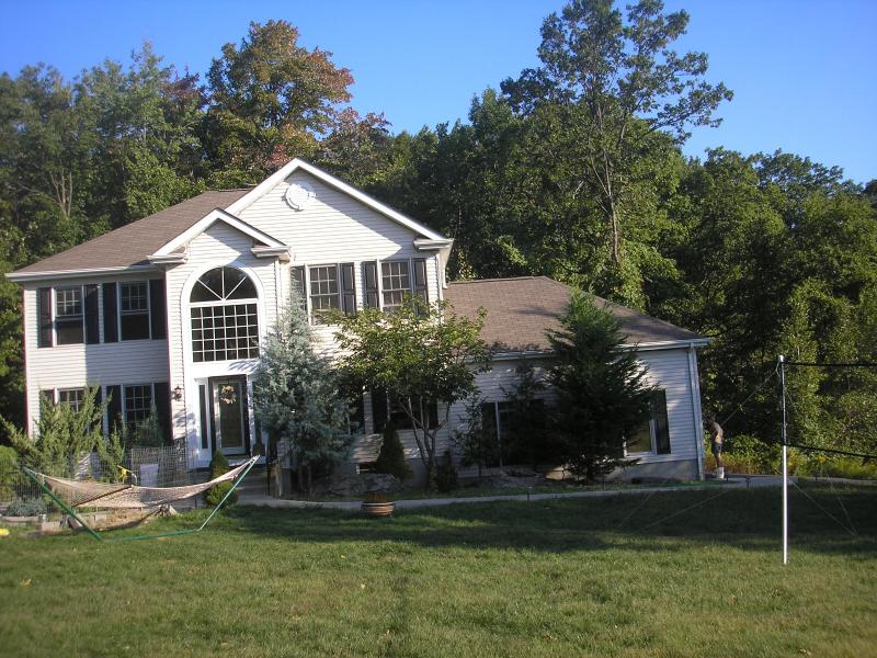 POCONO HOME WITH PRIVATE POOL MINUTES TO CAMELBEACH & ALL ATTRACTIONS - CAMELBACK LARGE SKI HOME - Tannersville - rentals