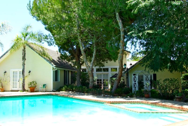 3400 sq. ft. house plus guesthouse, heated pool/spa, golf, hill, sunset views. - Fallbrook Luxury, w/ Heated Pool/Spa, Golf Views - Fallbrook - rentals