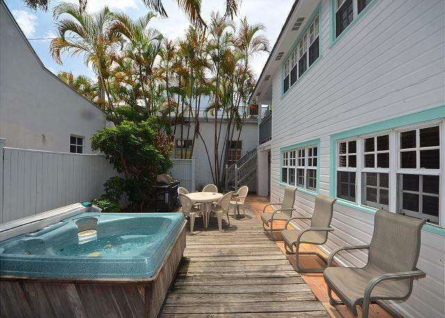 """""""SOUTHERNMOST RETREAT"""" - Big Condo w/ Shared Hot Tub Located On Duval St! - Image 1 - Key West - rentals"""