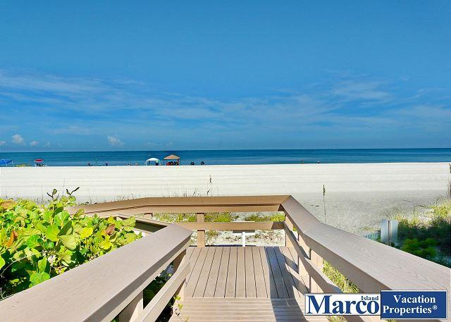 Condo w/ short walk to dazzling beaches & world-class shopping - Image 1 - Marco Island - rentals
