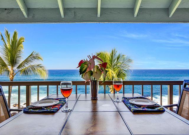 Ocean front dining! - Kona Reef D33 Ocean Front At It's Best! - Kailua-Kona - rentals