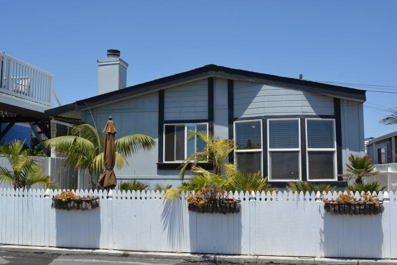 Outside of Bungalow with fenced patio/yard - Southern California Beach Bungalow a Must See!!! - Newport Beach - rentals