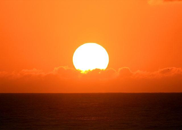 Sunset - Kiawe * Available for 30 night rentals. Please call - Kahuku - rentals