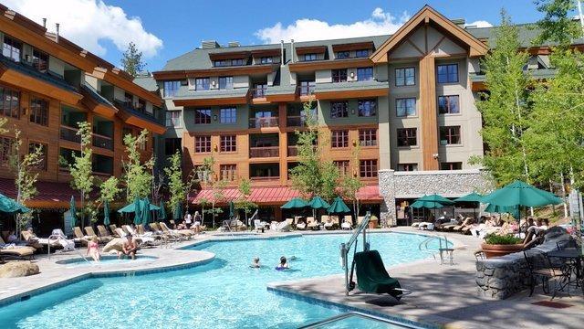 Large heated pool, 2 Jacuzzies and firepit near pool - Marriott - South Lake Tahoe, Gondola, Pool, Jacuz - South Lake Tahoe - rentals