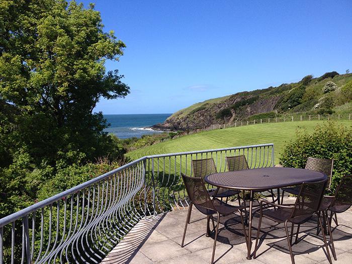 Holiday Home - Hen Ty Llaeth, Aberfforest Beach, Newport - Image 1 - Newport - rentals