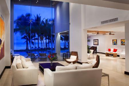 Beachfront Casa Del Mar- intimate pool- alfresco shower & entertainment room - Image 1 - Playa Hermosa - rentals
