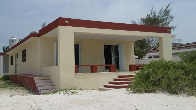 RELAXING BEACH FRONT HOUSE FOR RENT WITH ALL YOUR - Image 1 - Progreso - rentals