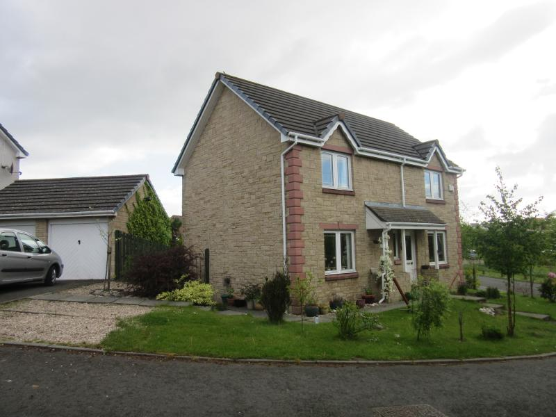 Homely Bed and Breakfast in Dunfermline, Scotland - Image 1 - Dunfermline - rentals