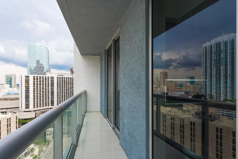 Viceroy Hotel! Luxury 2BR Condo on high floor! - Image 1 - Coconut Grove - rentals