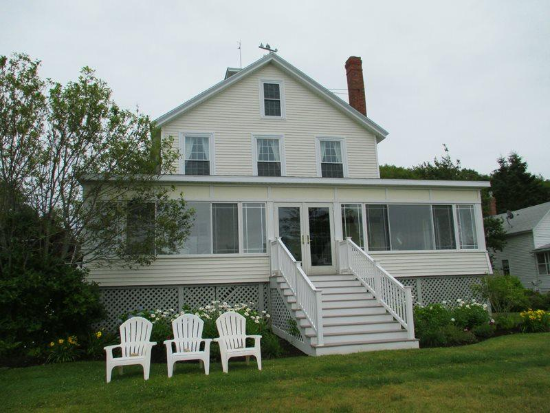 The Villa, a treasured family cottage for all ages - THE VILLA | EAST BOOTHBAY, MAINE | OCEAN VIEWS | LINEKIN BAY | ROMANTIC GETAWAY | FAMILY VACATION | OCEAN POINT COLONY TRUST - Boothbay - rentals