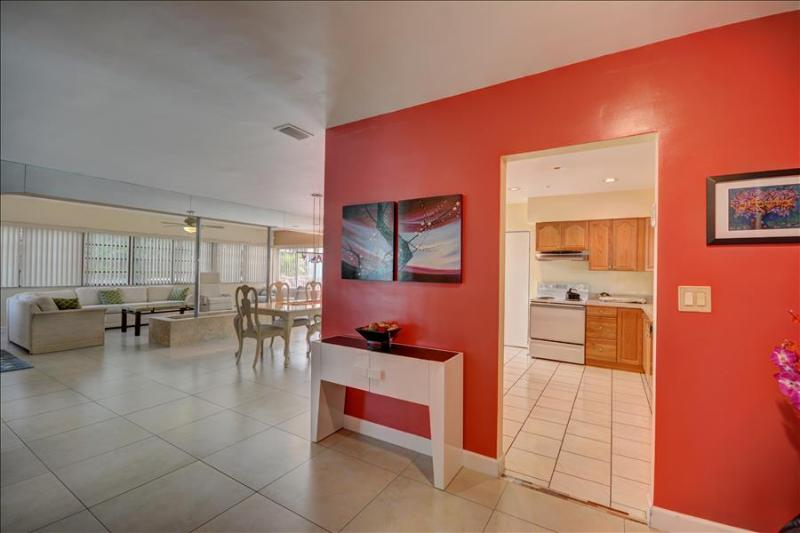 The Palms Villa # 1115   NORTH MIAMI BEACH, FL - Image 1 - North Miami Beach - rentals