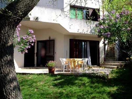 Apartments Davorka - 71751-A1 - Image 1 - Banjole - rentals