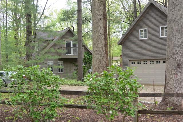 Creekside Cottage - Image 1 - Sawyer - rentals