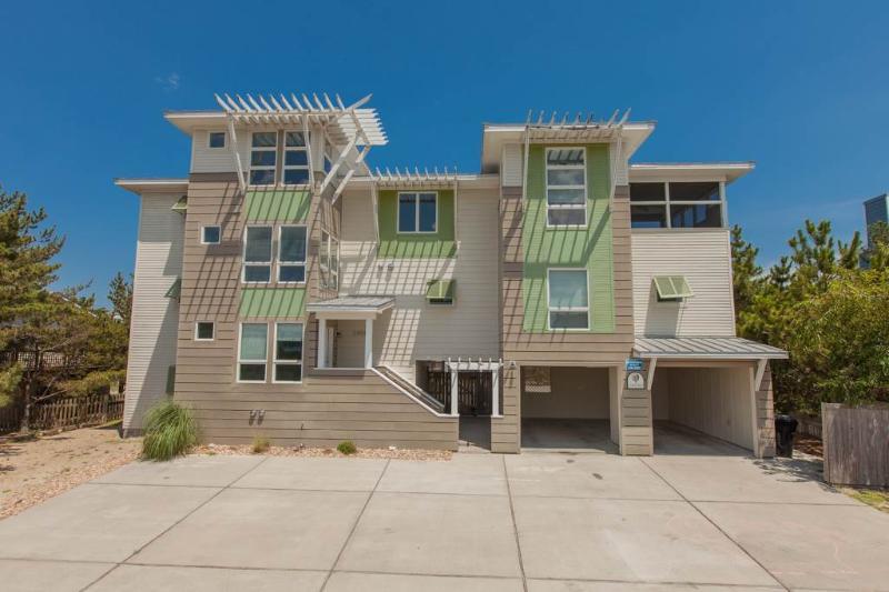 COASTAL VIEW II - Image 1 - Virginia Beach - rentals