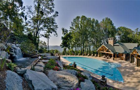 Beautiful Ridge-Top Outdoor Pool - Evergreens 512 - Boone - rentals