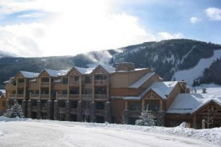 Common area hot tubs and fitness center provided. - Hidden River Lodge 5981 - Keystone - rentals