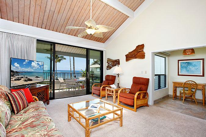 Unit 15 Ocean Front Deluxe 2 Bedroom Condo - Image 1 - Lahaina - rentals