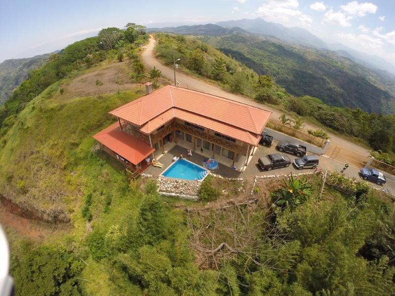 birdseye view towards the east - Spacious Private Mountain top Home  in waterfall - Jaco - rentals