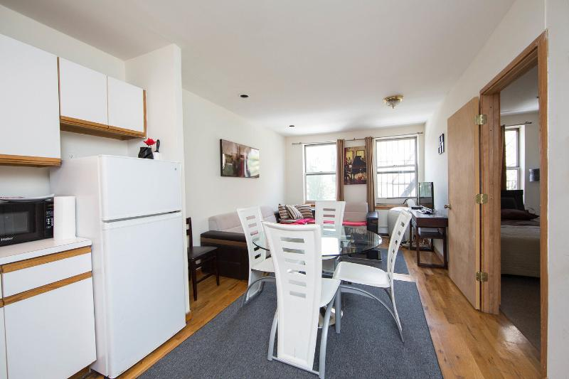 Dining Room - AMAZING 3 BEDROOM APARTMENT - New York City - rentals