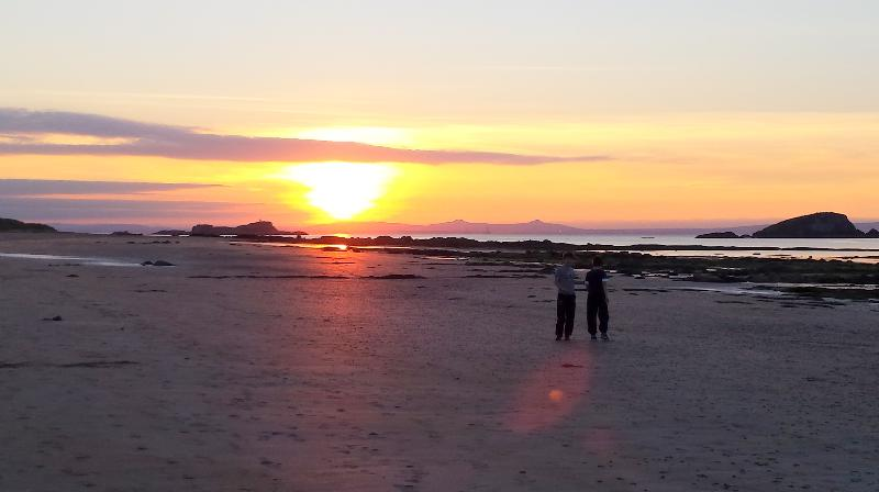 West Beach for  a stroll - 2014 Excellence Award  - Puffin's Lookout & Palace - North Berwick - rentals