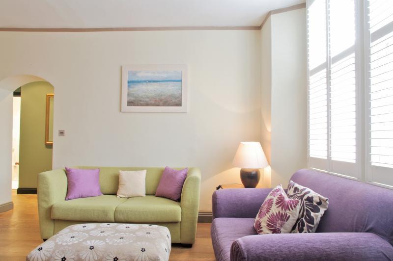 Hurlingham Mansion 2 Bedroom London Apartment - Image 1 - London - rentals