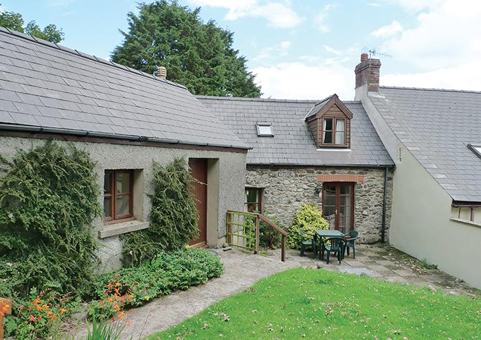 Pet Friendly Holiday Cottage - Dairy Cottage, Trefin - Image 1 - Trefin - rentals