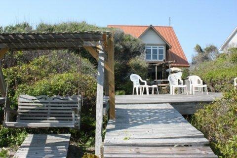 Private deck - Folly Beach 2BR/2BA Oceanfront Home-Sleeps 6 - Folly Beach - rentals