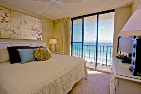 Master Bedroom - 705 One Seagrove Place w/ Courtyard Living - Seagrove Beach - rentals