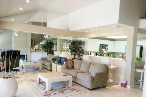 3 BR, 3 BA Double Master with Beautiful View of 10th Fairway Woodhaven Country Club - Image 1 - Palm Desert - rentals