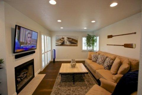 Spacious Living Room with fireplace and flat screen TV - Ritz Pointe Condo - Dana Point - rentals