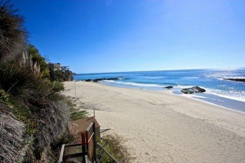 Beautiful Sandy Beach - Beachside Bungalow - Laguna Beach - rentals