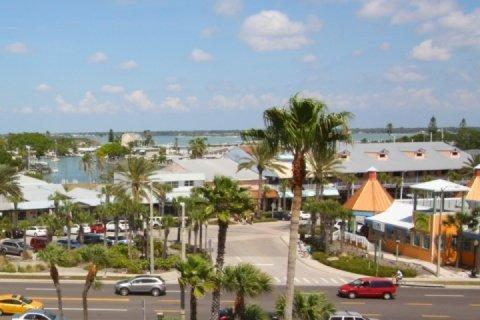 View of John's Pass Village from the balcony - 403 - Madeira Norte - Madeira Beach - rentals