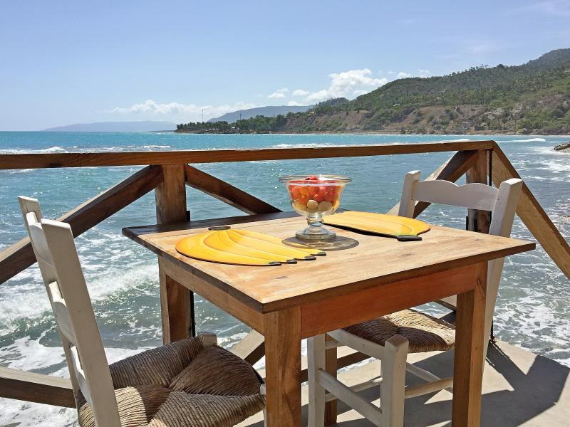 This is what we call a breakfast nook! - Catch the Sea Breeze - Private Cottage - 5 - Jacmel - rentals