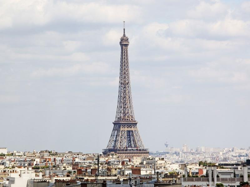 Eiffel Tower photo taken from terrace - Auteuil - Roland Garros - Paris - rentals