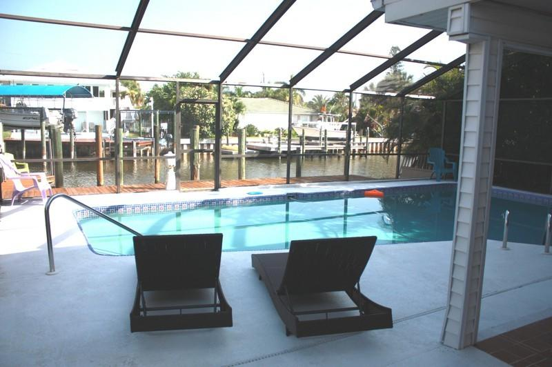 "Approx. 5-6 minutes walk to the beaches - GIGA-HOMES  Casa ""ALBATROSS"" Waterfront / New, FMB - Cape Coral - rentals"