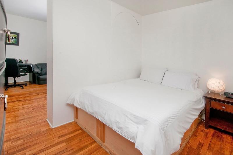 Midtown East 1 Br Apartment - Recently Remodelded - Image 1 - New York City - rentals