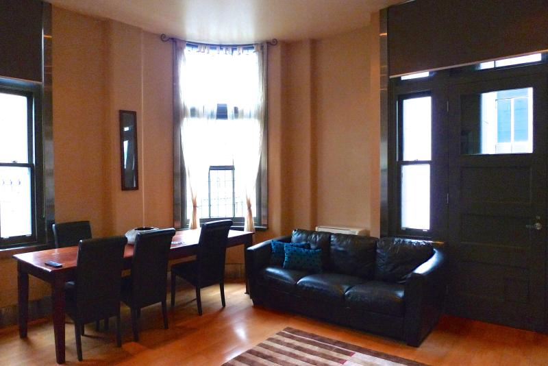 Town Hall Apartments - Fairfax Family Lt. Collins (Sleeps 6) - Melbourne - rentals
