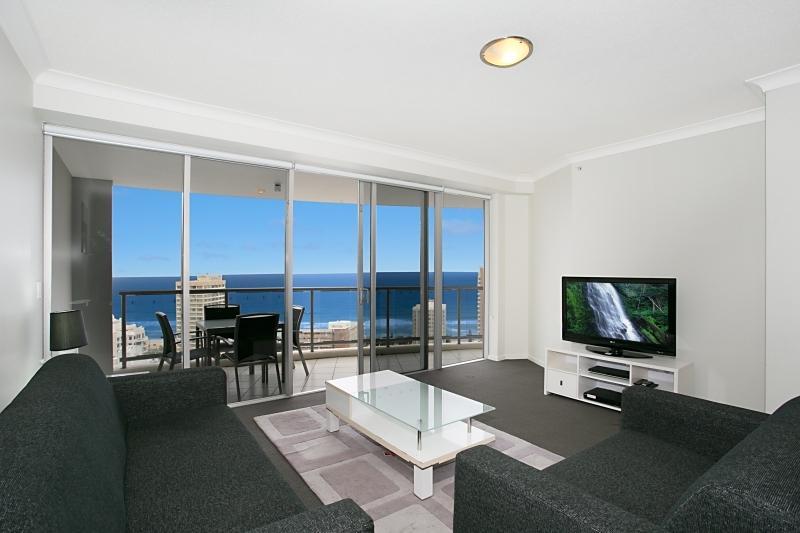 Chevron Renaissance - Largest 3 bedroom Ocean WiFi - Image 1 - Surfers Paradise - rentals
