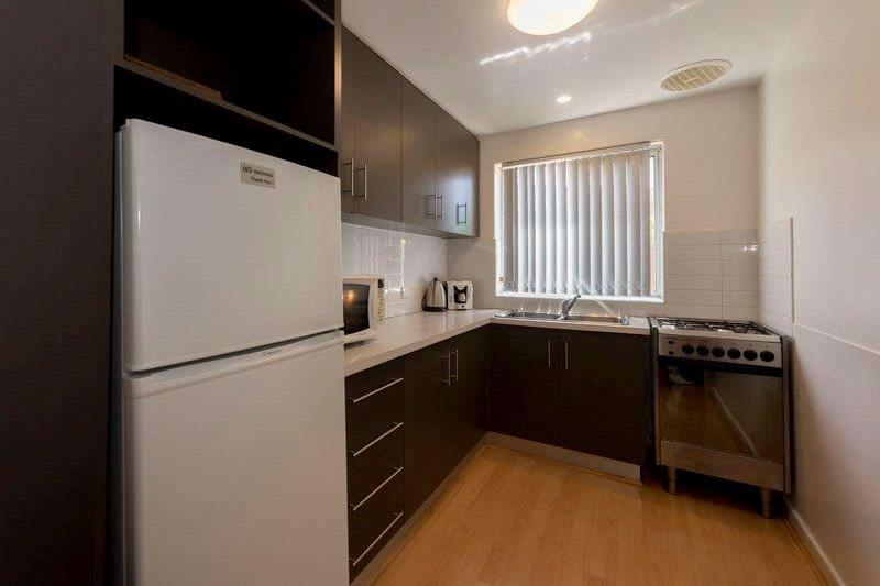 CEN3P, Central Avenue, Inglewood, Perth - Image 1 - Melbourne - rentals