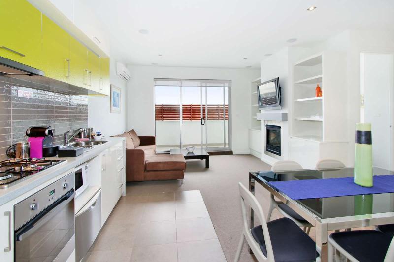 35/23 Irwell Street, St Kilda, Melbourne - Image 1 - St Kilda - rentals