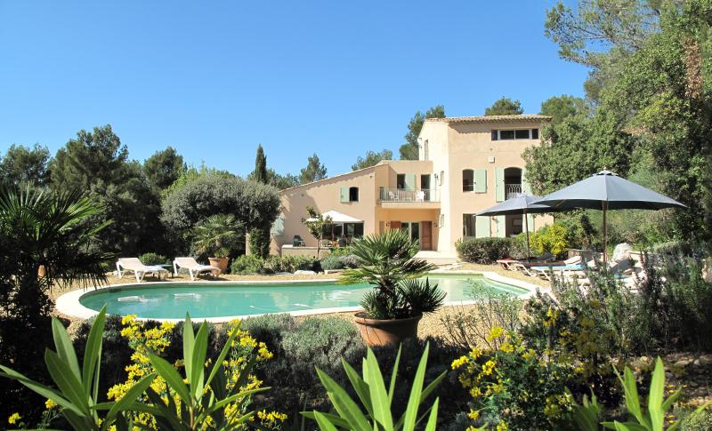 The villa les Magnanarelles for 6 to 8 people - Les Magnanarelles, 4 bedrooms, 8 people, - Lourmarin - rentals