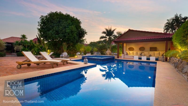 Villas for rent in Hua Hin: V6032 - Image 1 - Hua Hin - rentals