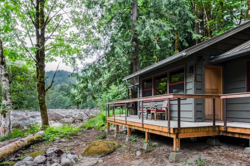 Serendipity Cabin - Your Skykomish River Retreat - Index - rentals