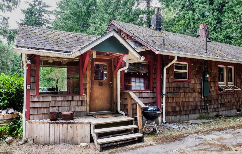 Caddis Cabin - Riverfront on the Skykomish - Index - rentals