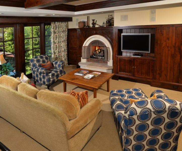 A luxury vacation residence at One Willow Bridge Road in the center of Vail Village with full concierge services. - Image 1 - Vail - rentals