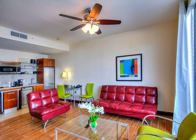 Picture Name - OCEAN DRIVE Stylish 1 BD w/ BALCONY and Rooftop POOL - Miami - rentals