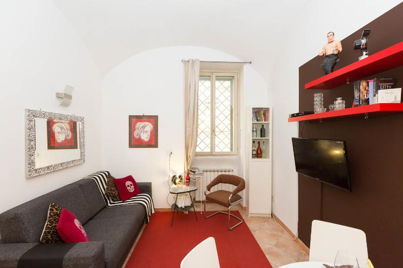 Dining Room - Living Room - CHOCOLATE SUITE ROME TRASTEVERE - Rome - rentals
