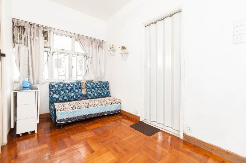 Living Room - Splendid Aptm @MongKok, 2 bedrooms - Hong Kong - rentals