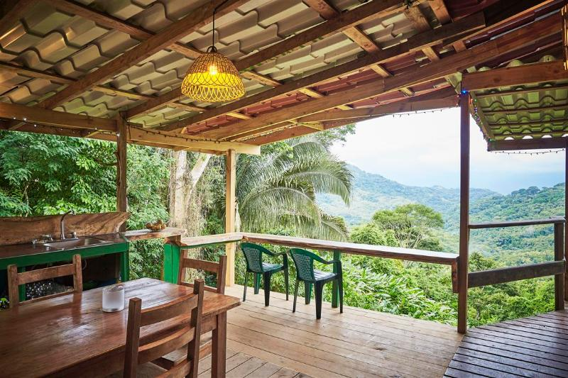 Amazing outdoor kitchen! - Amazing view at Las Palmas Cabina 10 min from town - Dominical - rentals